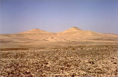 Har Karkom, Israël : les deux montagnes