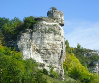 La Tête d'homme à la Roque (commune de Muids - Eure) - photo de Creg' Of Huest