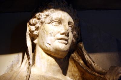 1290_-_Keramikos_Museum,_Athens_-_Stele_for_Demetria_&_Pàmphile_-_Photo_by_Giovanni_Dall'Orto,_Nov_12_20