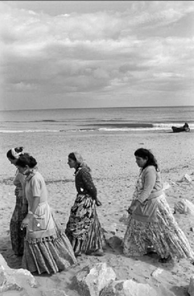 Femmes gitanes sur la plage