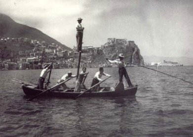 luntri 1900
