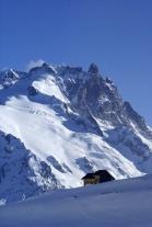 La Meije (3983 m) et refuge du Goléon