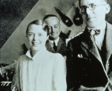 Charlotte Perriand, Edouard Jeanneret et Le Corbusier au studio de la rue de Sèvres à Paris