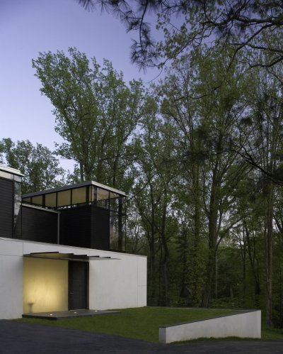 BlackWhite residence in Maryland by David Jameson Architect
