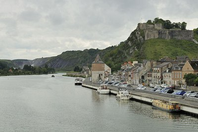 Givet sur la Meuse et sa forteresse