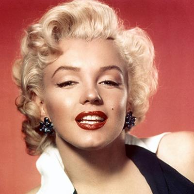 Marilyn-Monroe-9412123-1-402