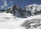 face Nord de la Tour Ronde avec le Mont-Blanc en arrière-plan