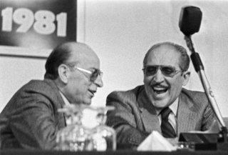 Franco Zecchin - Vito Ciancimino (à droite) premier homme politique italien condamné pour être membre de la mafia.