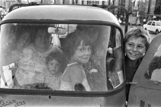 """Franco Zecchin - Palermo, 1980 - Voiture populaire et familiale """"Lapa""""."""