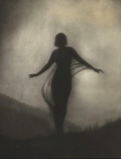 Anne Brigman - La Brise - 1910