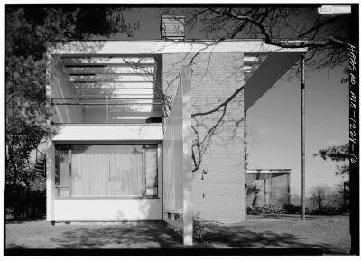 Gropius House à Lincoln - vue de la façade ouest