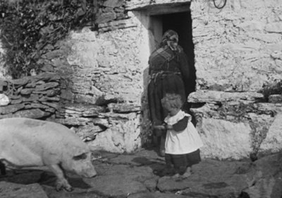 Image of the Aran Islands between l898 and 1902 taken by the playwright John Millington Synge.