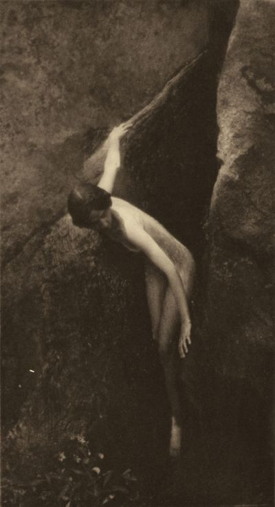 Anne Brigman - The Cleft of the Rock - 1912