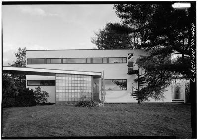 Gropius House à Lincoln - vue de la façade nord