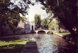 Bruges : la porte monumentale d'entrée du beguinage
