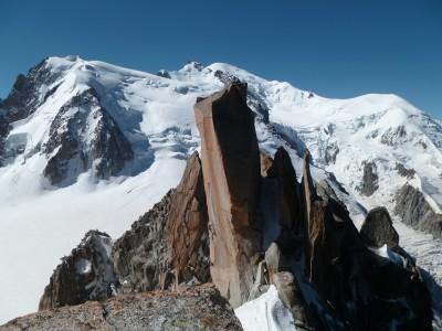 Au-dessus du monolithe, vue sur le Mont-Blanc