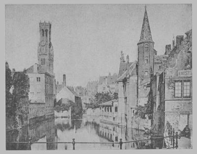 """illustration du roman """"Bruges la morte"""" de Rodenbach - (De Rozenhoedkaai met op de achtergrond het Belfort)"""