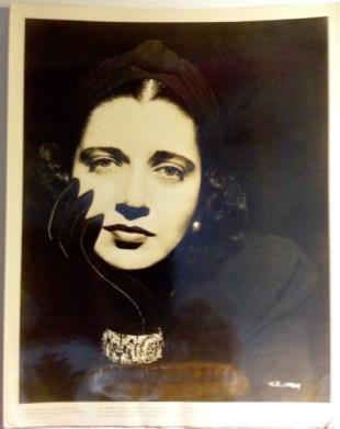 Kay Francis en 1938 (Warner Bros)