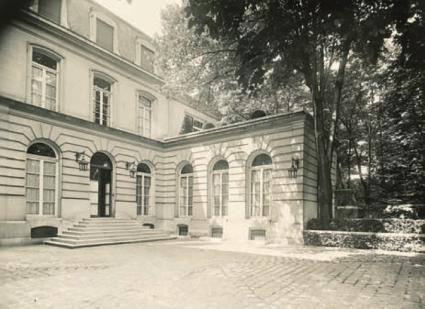 Hôtel de Madame LANVIN, rue Barbet de Jouy à Paris