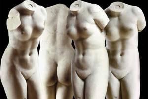 Praxitèle - Vénus de Cnide, premier nu féminin de l'art de la statuaire, copie d'époque en marbre de Paros