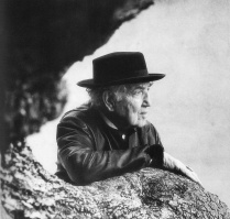 robert-graves-portrait