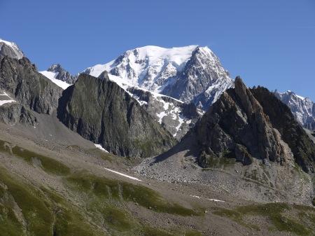 le mont Blanc vu du col de la Seigne – crédit  photo Tarmachan Mountaineering