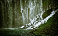 Waterfall-Background-Wallpapers-Pictures
