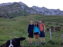 Avant l'ascension de la Tournette (encore en forme...) Henrik, Elisa et Mike (IMG_4166) - photo Enki