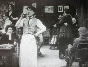 Charles Chaplin - Charlot, garcon de cafe