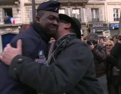 Marche répubicaine - @La_Polisse @JustineRyst