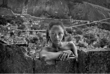 André Cypriano - Eliane (1), 1999 - Rocinha, gelatin silver print