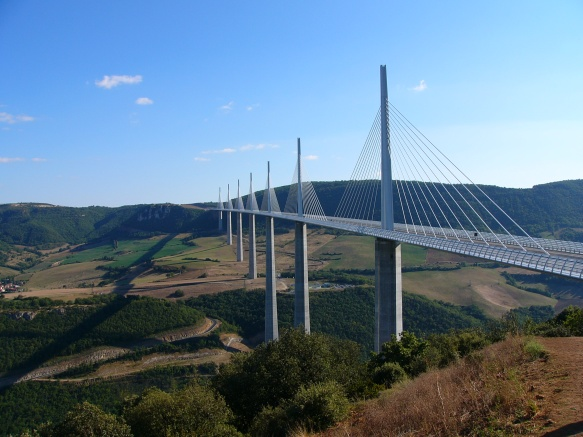 Viaduc de Millau (France)