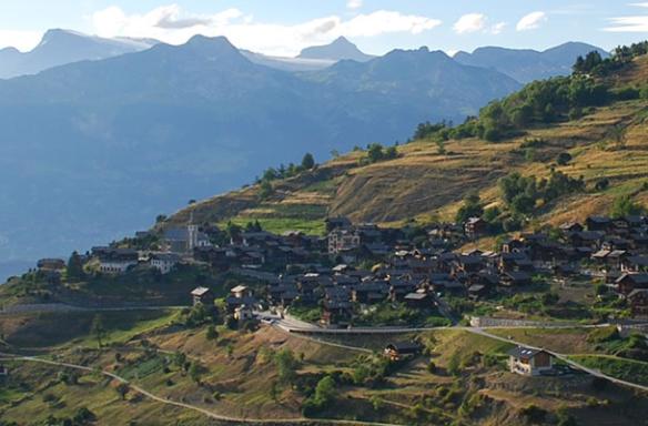 commune de Nax dans le Valais (Suisse)