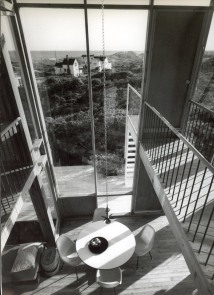 Frank House - view_from_catwalk