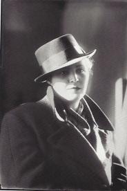 Gegë Marubi - Femme du photographe, vers 1940