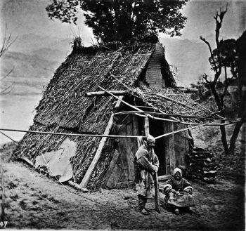 John Thomson - un refuge de montagne, PROVINCE DE HUPEH, avant 1898 -