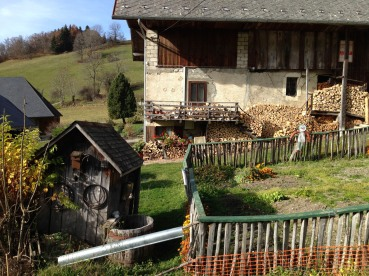 Bellecombe-en-Bauges - hameau de Mont Derrière (IMG_3124)