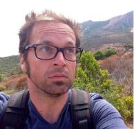 Mathieu Hoche, 37 ans, chef opérateur à france 24, père d'un petit garçon