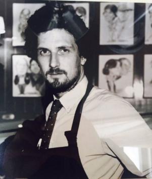 Stéphane Albertini, – français, originaire de Neuilly-sur-Seine – restaurateur, cousin de Pierre Innocenti – tué au Bataclan
