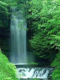 La chute de Glencar, Comté de Leitrim mentionné dans le poème