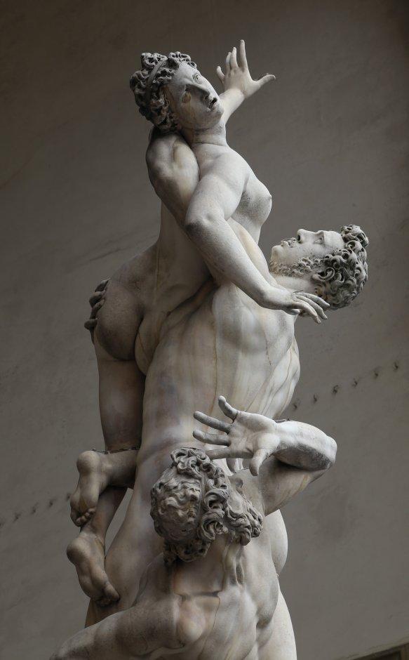 Der_Raub_der_Sabinerinnen,_Giambologna,_Loggia_dei_Lanzi_Florenz-06.jpg