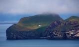 petite île de Elliðaey se trouve au sud de l'Islande, dans l'archipel des îles de Vestmann.2