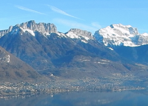 Dents de lanfon, Lanfonnet et Tournette vues de la rive  Est du lac d'Annecy
