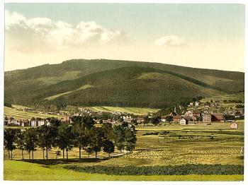 vue-de-ilmenau-et-du-mont-kickelhahn-en-1900