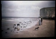 john-cimon-warburg-margate-beach-blue-girl-1908-via-ssplprints