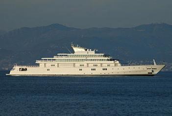private-mega-yachts-katana