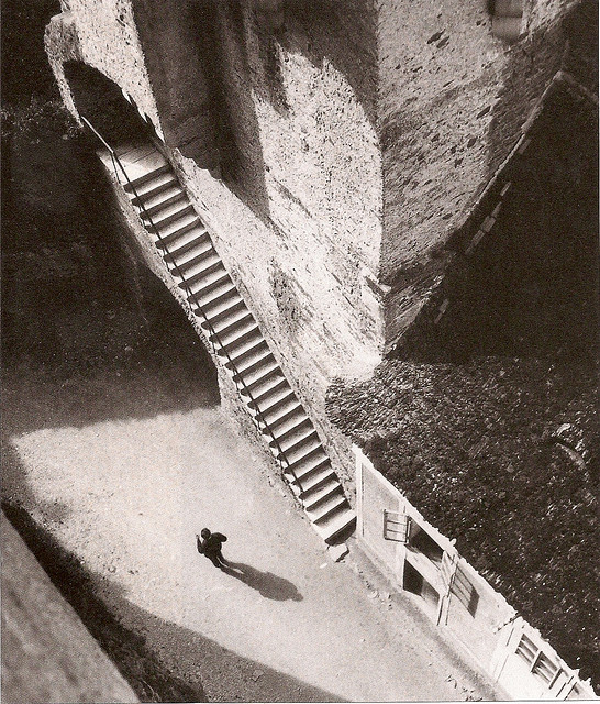 castle-staircase-by-jan-lauschmann-1927