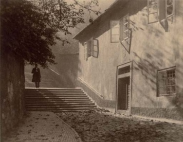 jan-lauschmann-untitled-man-walking-down-steps-1920-29