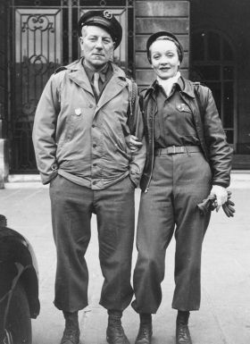 Jean Gabin and Marlene Dietrich, vers 1945