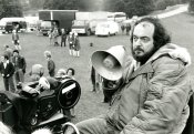 barry-lyndon-1975-016-behind-the-scenes-black-white-stanley-kubrick-sk-film-archives-llc-warner-bros-university-of-the-arts-london.jpg